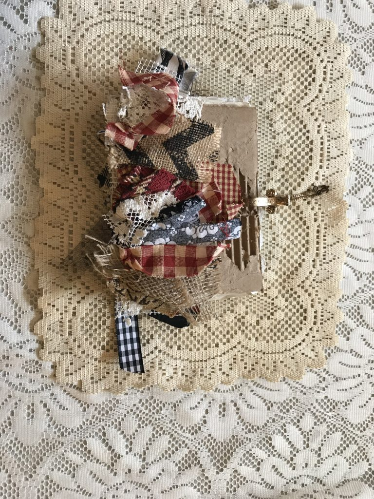 junk journal - cardboard - vintage - shabby chic - distressed - coffee dyed -